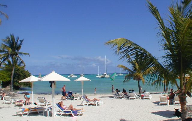 Guadeloupe saint francois visite hotels locations de for Hotel design guadeloupe